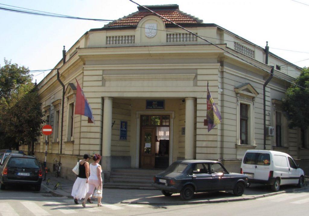 Iz Leskovca kreću dobrovoljci, da se ponesu lopate