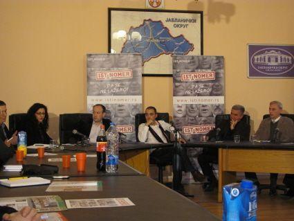 Političari i novinari jedni drugima delili lekcije