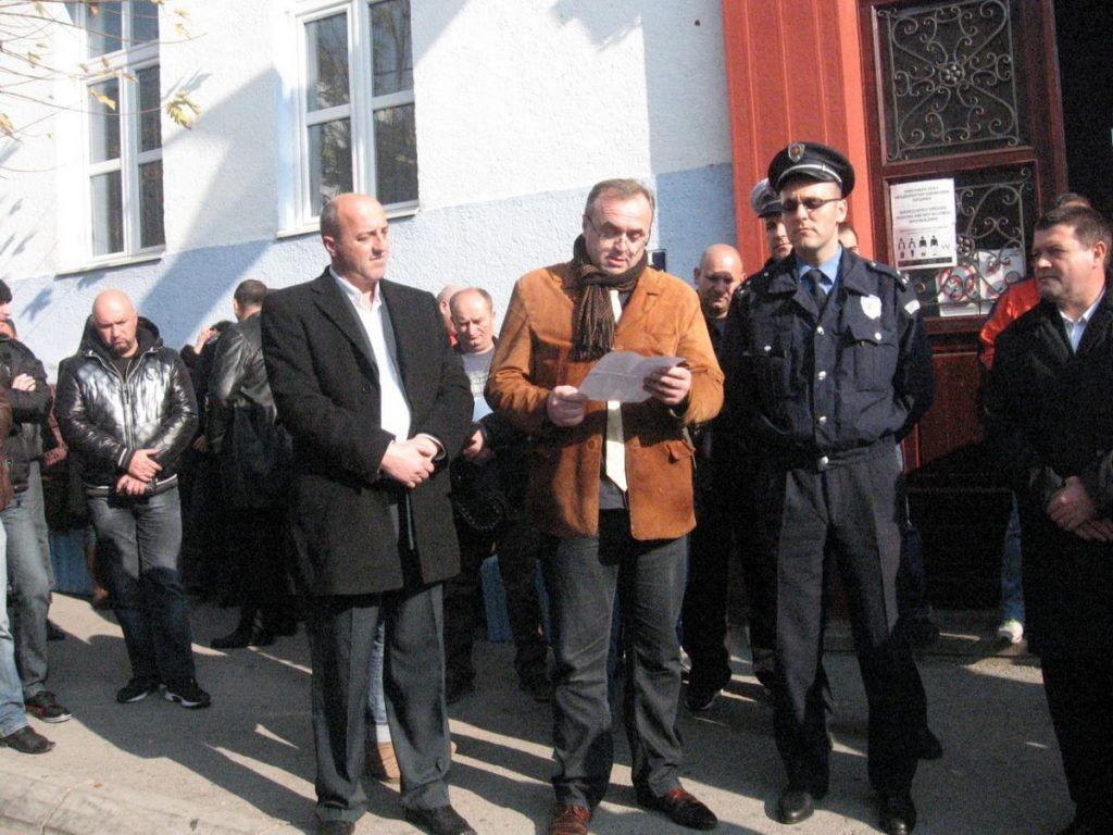 Policajci protestovali u Vranju