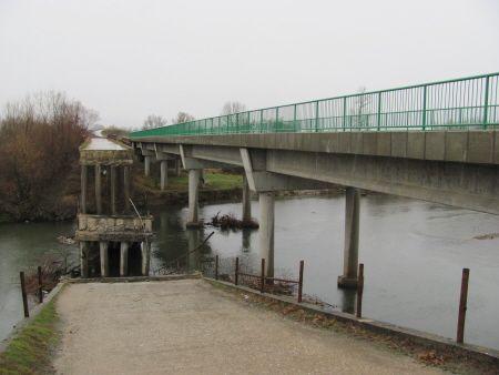 Stari most kod Jelašnice se stropoštao u Južnu Moravu