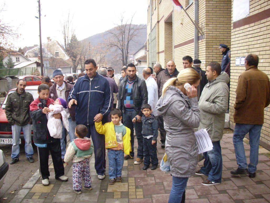 Kuršumlijski Romi protestovali zbog isključenja struje