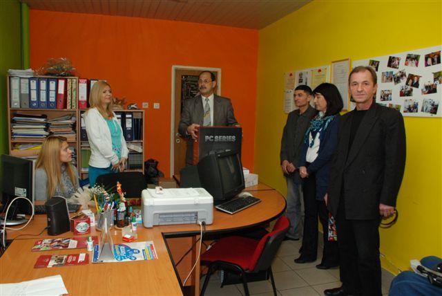 Opština Medijana obradovala studente sa invaliditetom