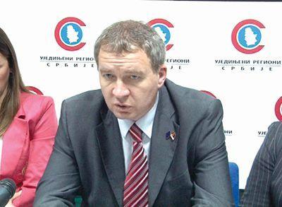 Izborna komisija na udaru URS-a