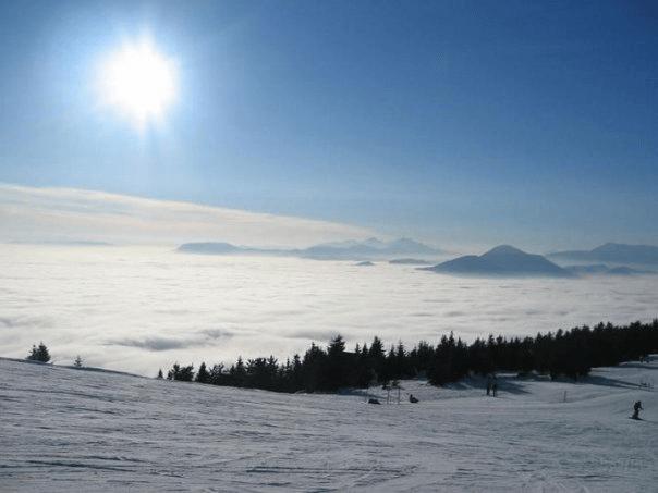 Vikend noćno skijanje na Besnoj Kobili