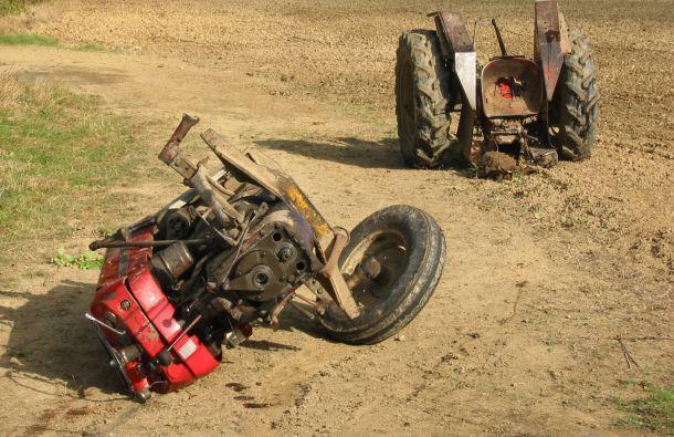 Izgubio život vozeći traktor
