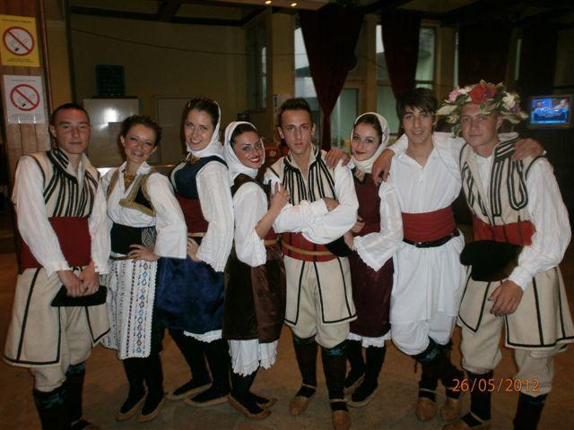 Na Festivalu folklora grupe i iz Makedonije i Bugarske