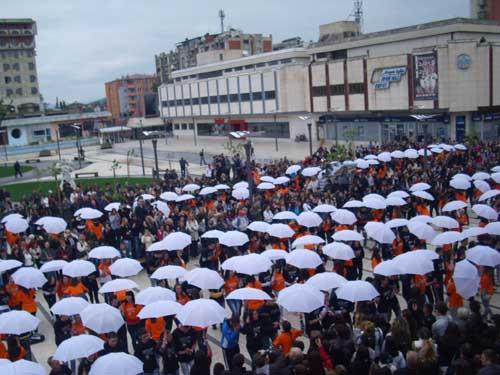 Maturantska parada u Pirotu