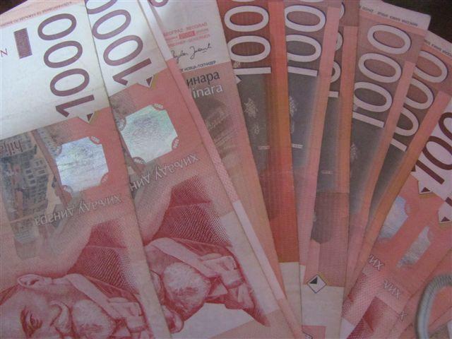 Februarske zarade manje u odnosu na januar