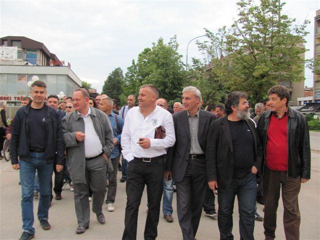 Protestovali i ispred gradonačelnikove kuće
