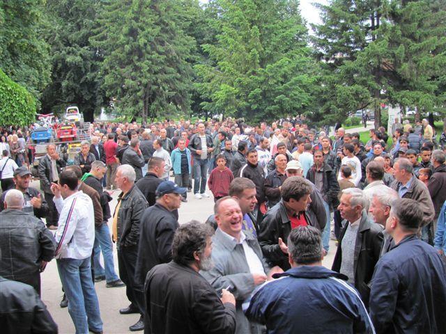 I večeras protesti u Leskovcu