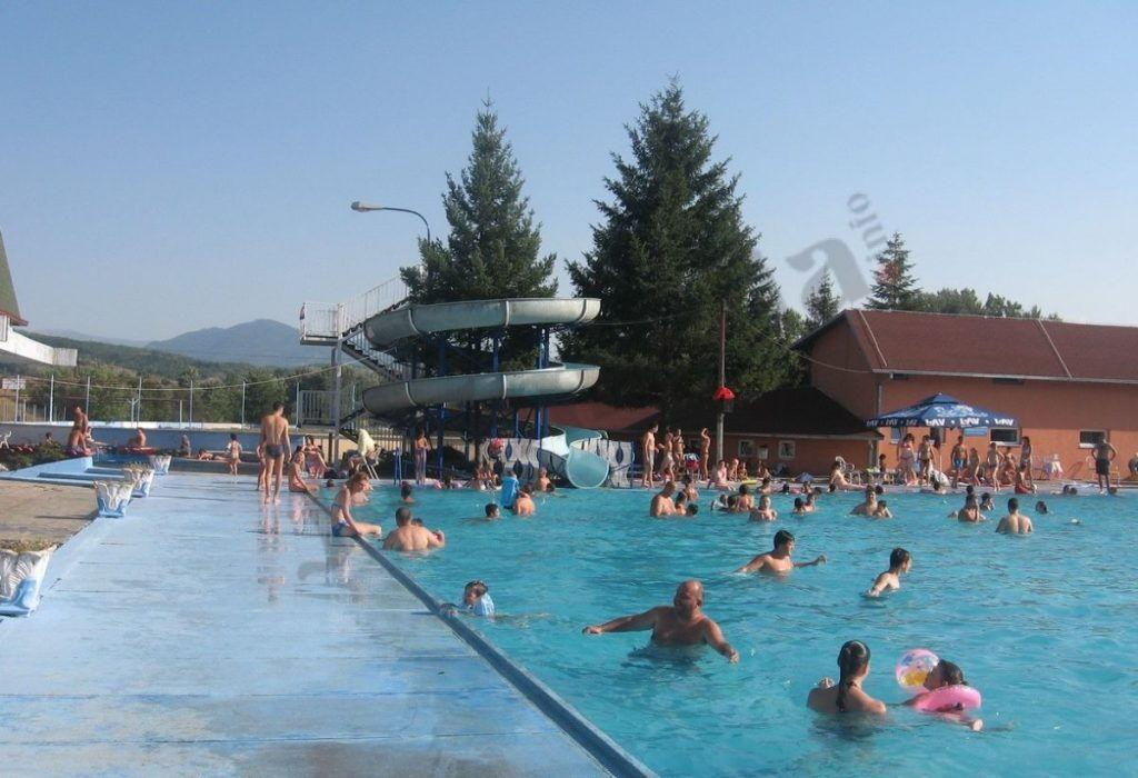 Počela sezona kupanja na olimpijskom bazenu