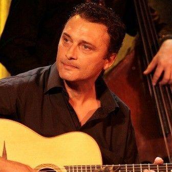 """Holandski """"gipsy-swing"""" gitarista na Nišvilu"""