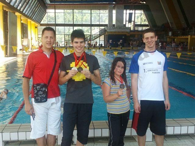 Dvoje plivača osvojilo 4 medalje
