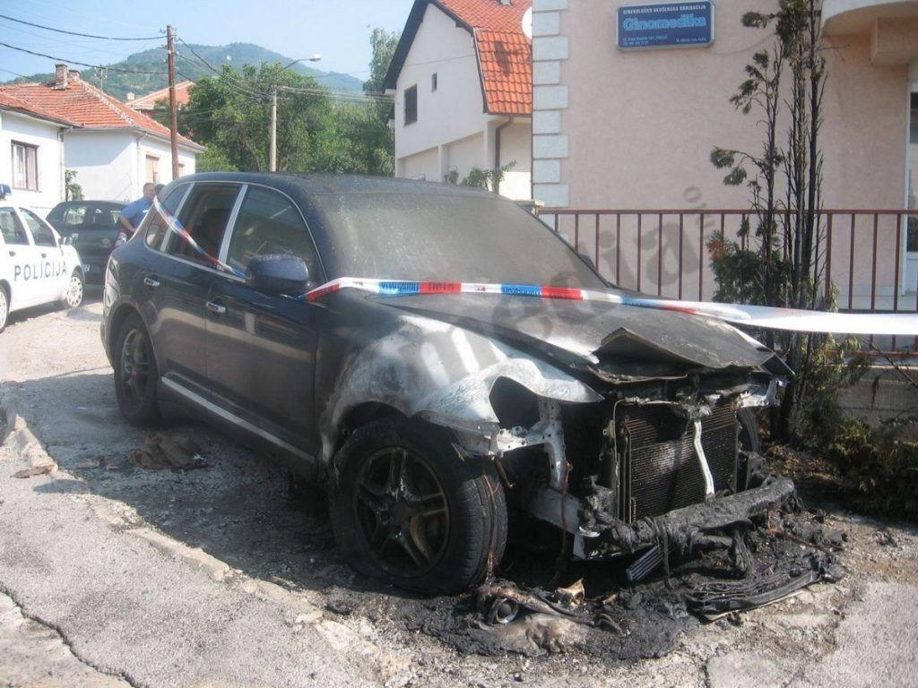 Zapaljen još jedan automobil