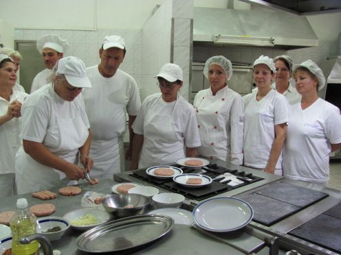 Učili kolege tajnama roštiljskog zanata
