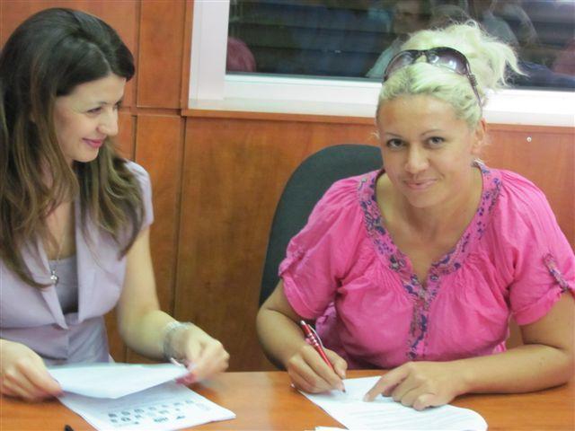 Leskovčanima uručeni ugovori o donaciji Helpa