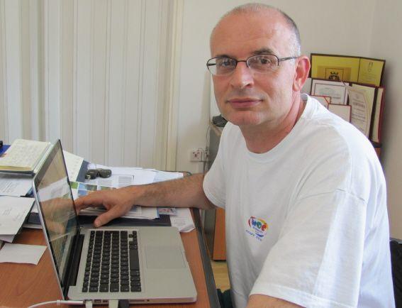 Genetičar Stojković otvorio skup podrške Đilasu