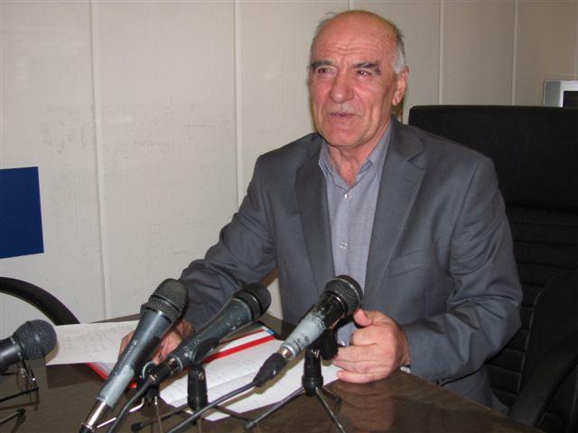 Stefanović: Hoće da nas gone zbog fabrika i ulica