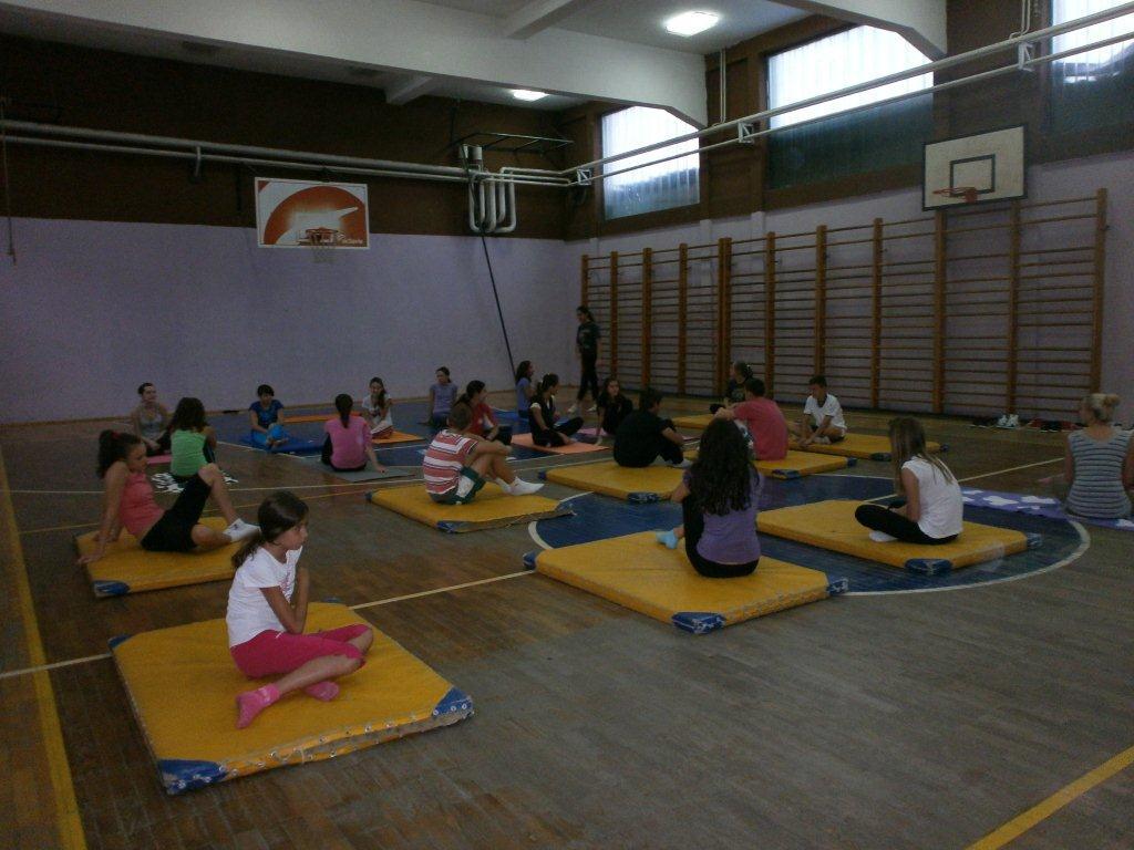 Besplatan čas joge