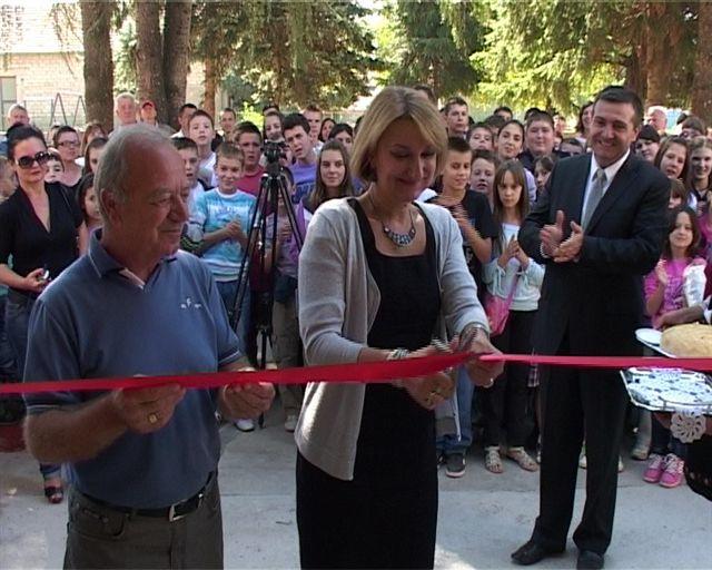 Otvorena renovirana i dograđena škola