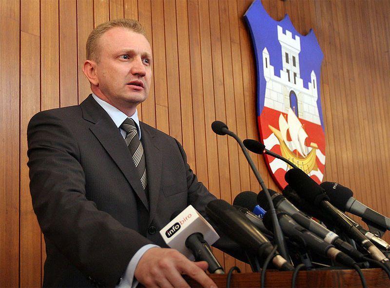 Đilas sutra u Leskovcu poziva na bojkot izbora