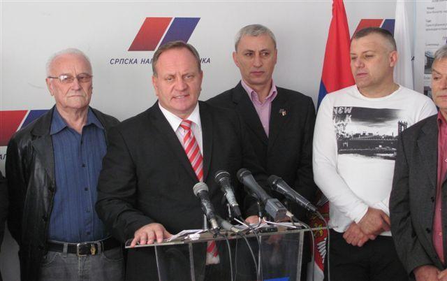SNS, G17, NS, JS, DSS i PUPS preuzimaju vlast u Leskovcu od DS i SPS