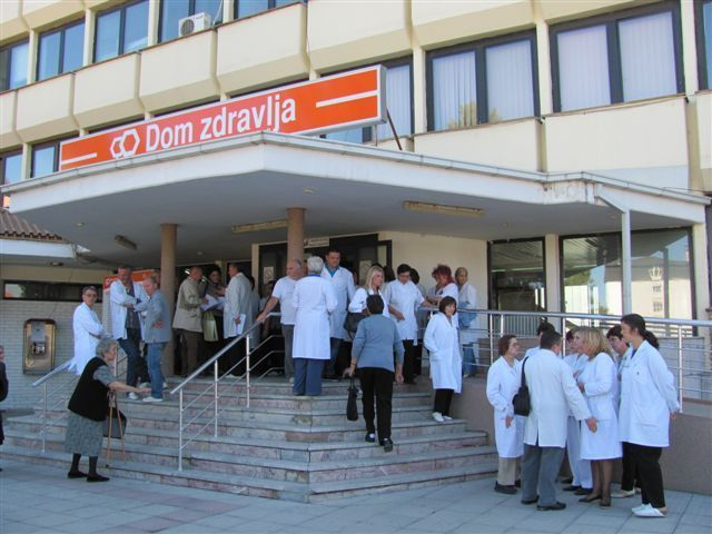 Kasne plate u Domu zdravlja u Leskovcu