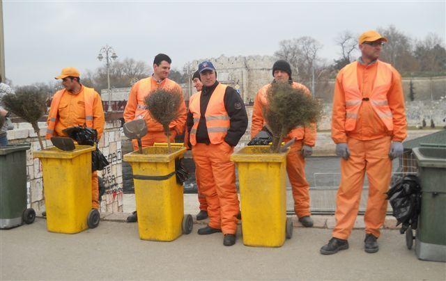 Kuršumlijski komunalci čekaju isplatu pet zarada