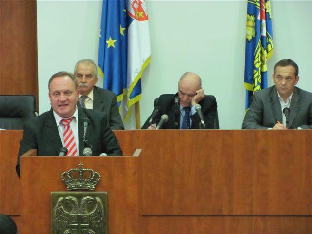 Gradonačelnik Leskovca održao lekciju novinarima
