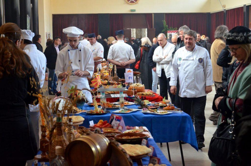 """Majstori nacionalne kuhinje na """"Slavogastro 2012"""""""