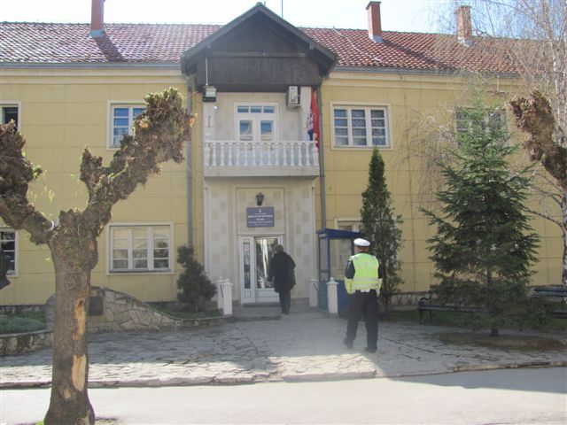 Bivši direktor bolnice zadržan u policiji