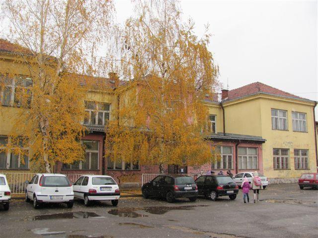 """Škola """" Josif Kostić """" dobija novo ruho, đaci se sele na tri lokacije"""