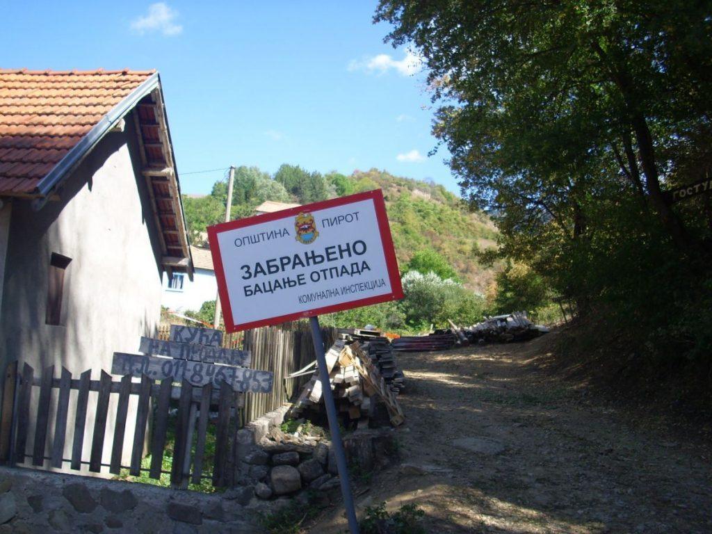 I sela dobijaju kontejnere