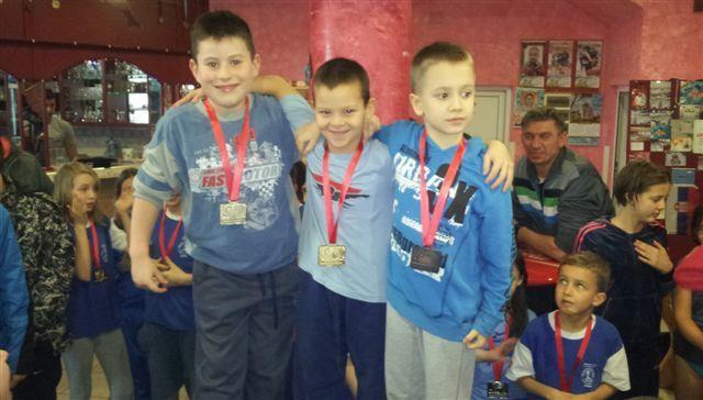 Leskovčaki plivači osvojili 22 medalje u Potočcu
