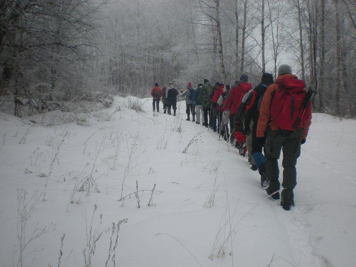 Planinari u pohod do srpskog groblju u Osatici