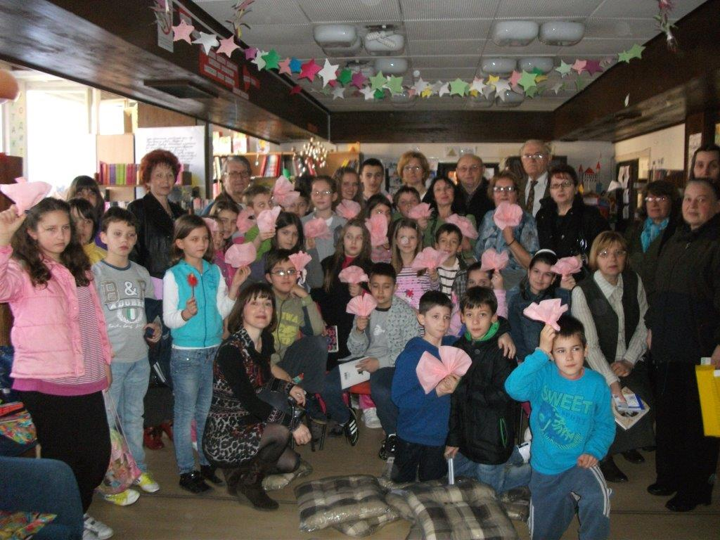 Deca obeležila Svetski dan poezije