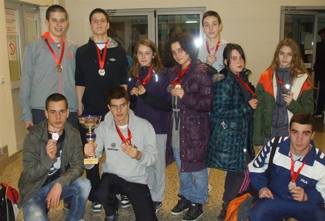 Plivači doneli 8 medalja iz Kragujevca, Lekić najuspešniji pionir PSCS-a
