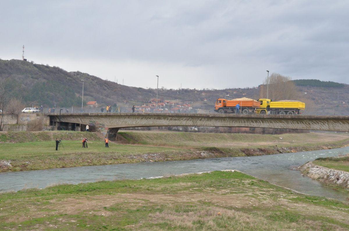 """Most """"Gazela"""" izdržao testiranje"""