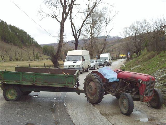 Blokirali put zbog pustošenje šuma