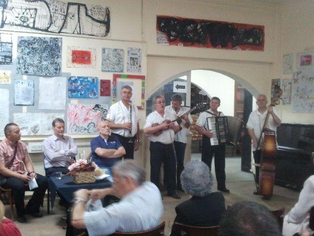Veče poezije i starogradske muzike