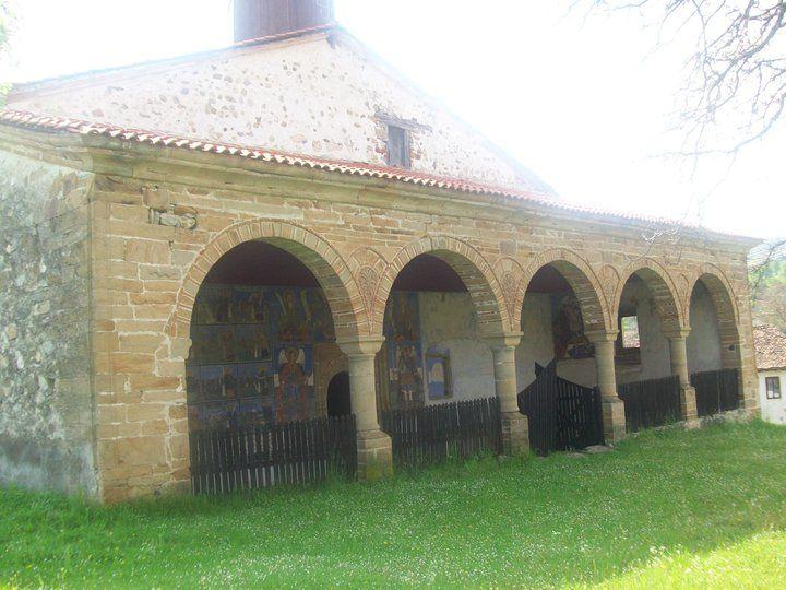 Počeli radovi na obnovi crkve u selu Izvor