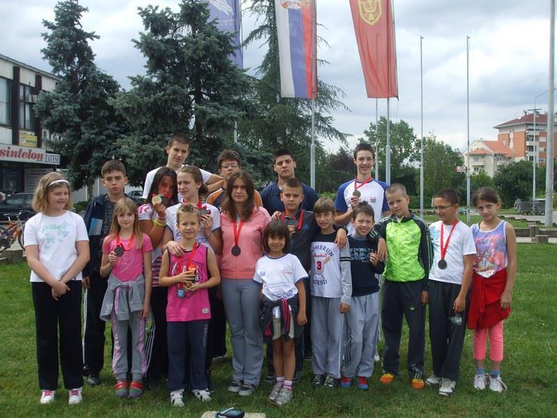 Leskovčani u Jagodini osvojili 13 medalja