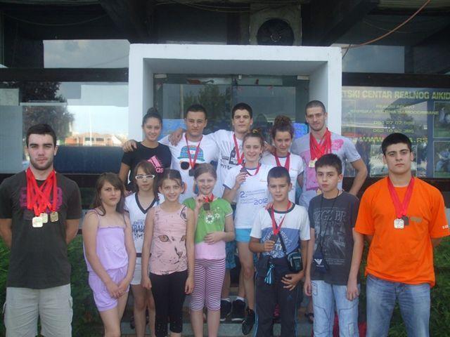 Sedamnaest plivača osvojilo 25 medalja