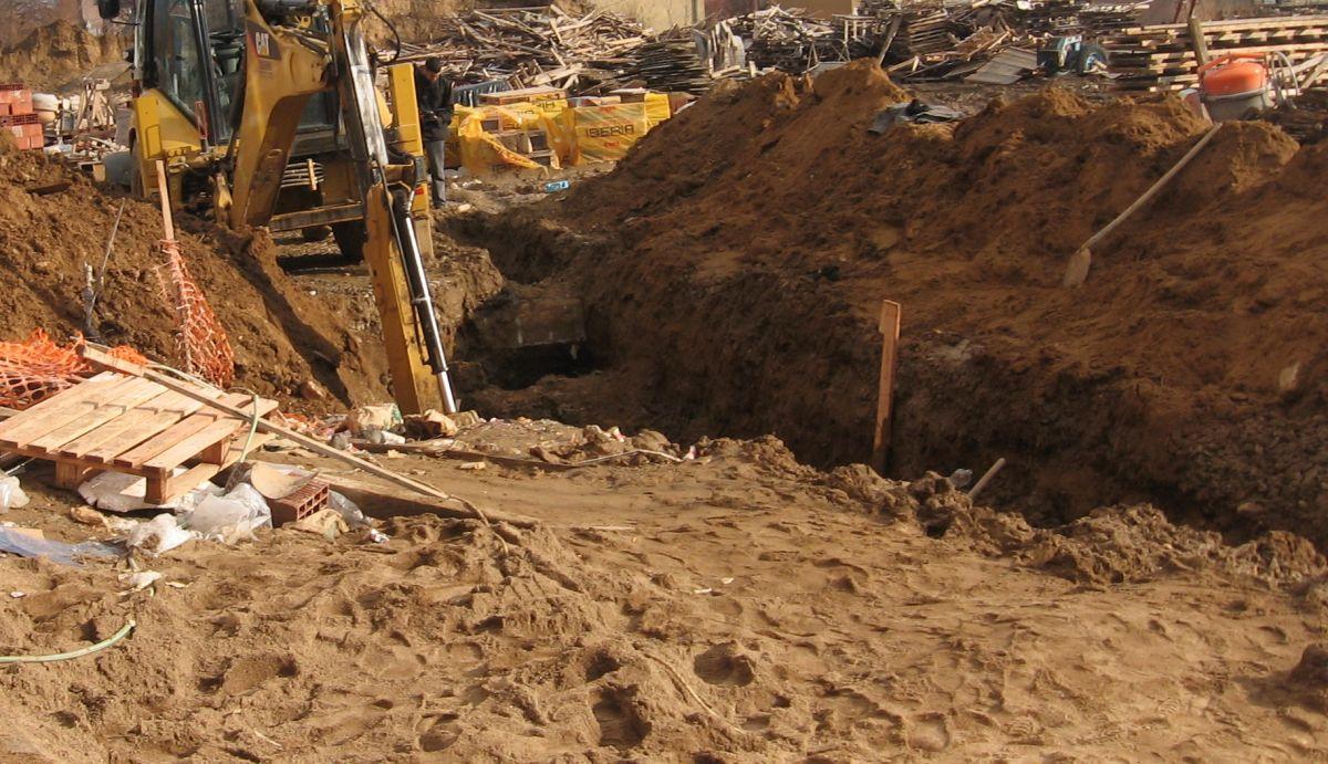 Poginuo radnik kopajući kanal