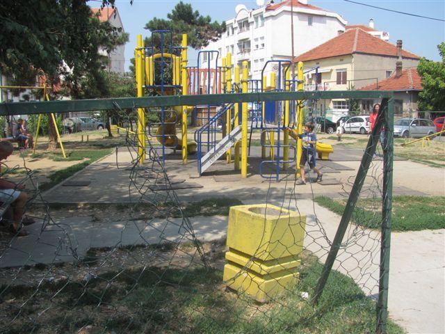 Zdravlje ponovo uređuje dečje igralište
