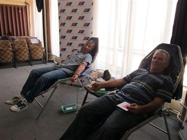 SNS u Vlasotincu organizovala davaoce krvi