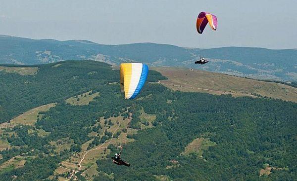 Nebranjeno nebo nad Leskovcem i Vranjem