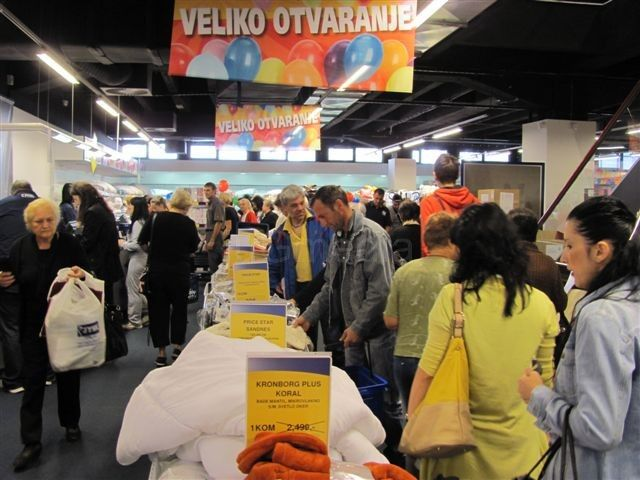 Leskovčani potrošili milione u JYSK trgovini