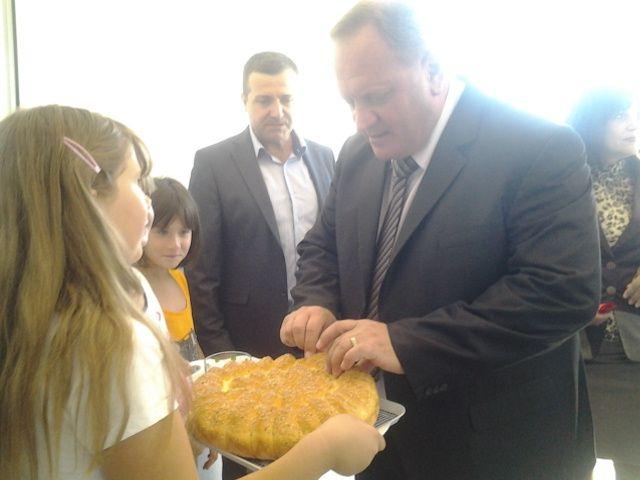 Otvorena obnovljena škola u Svircu