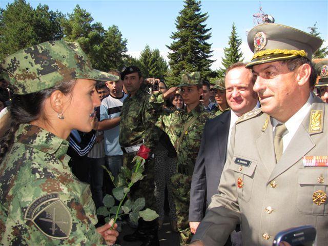 Kadeti i vojnici položili zakletvu u Leskovcu